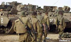 1 Israeli troops enter Gaza